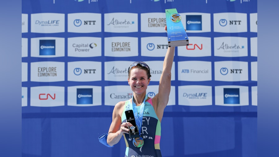 Bronze sees Duffy crowned World Champion for third time after Knibb's rampant ride to Edmonton gold