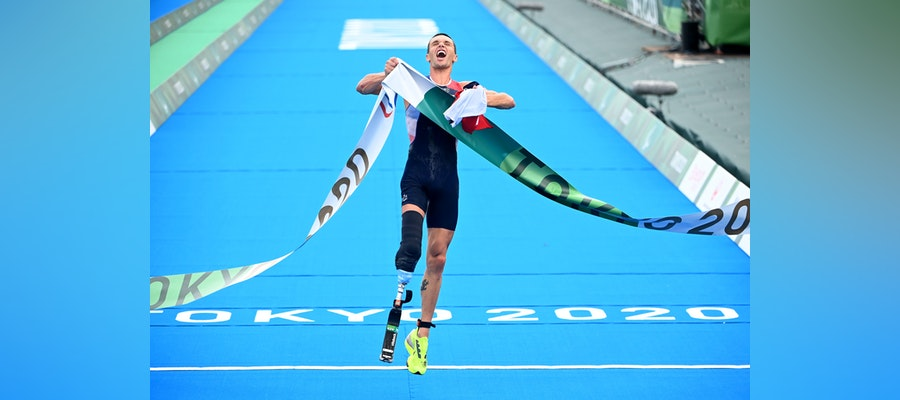 Alexis Hanquinquant claims the first gold of Para Triathlon at the Tokyo 2020 Paralympics