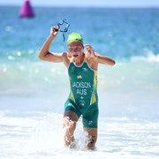 An Australian sweep in Mooloolaba as Emma Jackson and Luke Willian win ITU World Cup