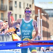 Jake Birtwhistle wins first WTS gold with powerful performance in Leeds