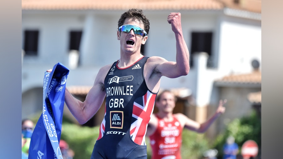 Brownlee pulls out a performance for the ages to win in Arzachena
