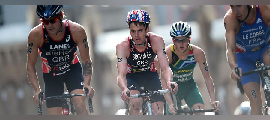 Brownlee brilliance delivers Auckland win