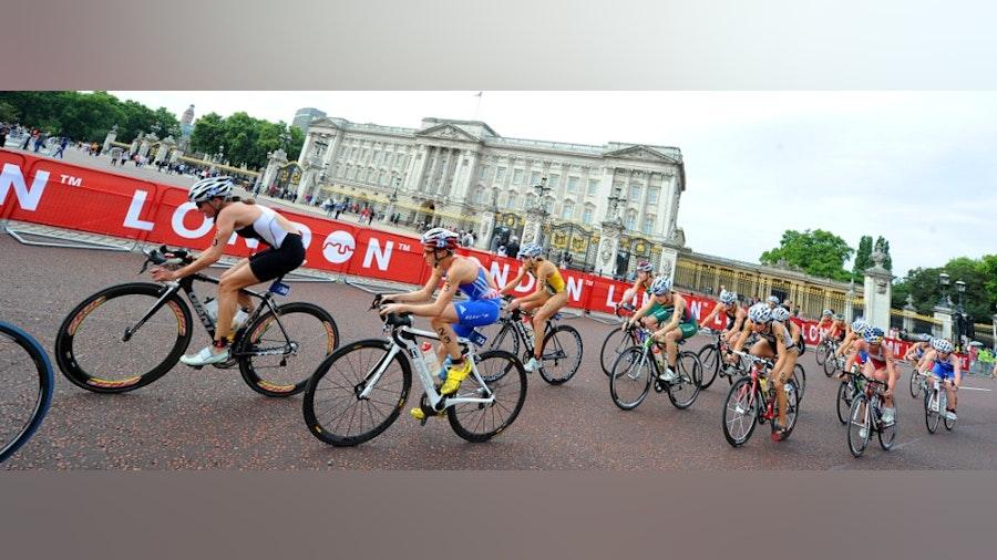 ITU awards 2013 World Championship Series Grand Final to London