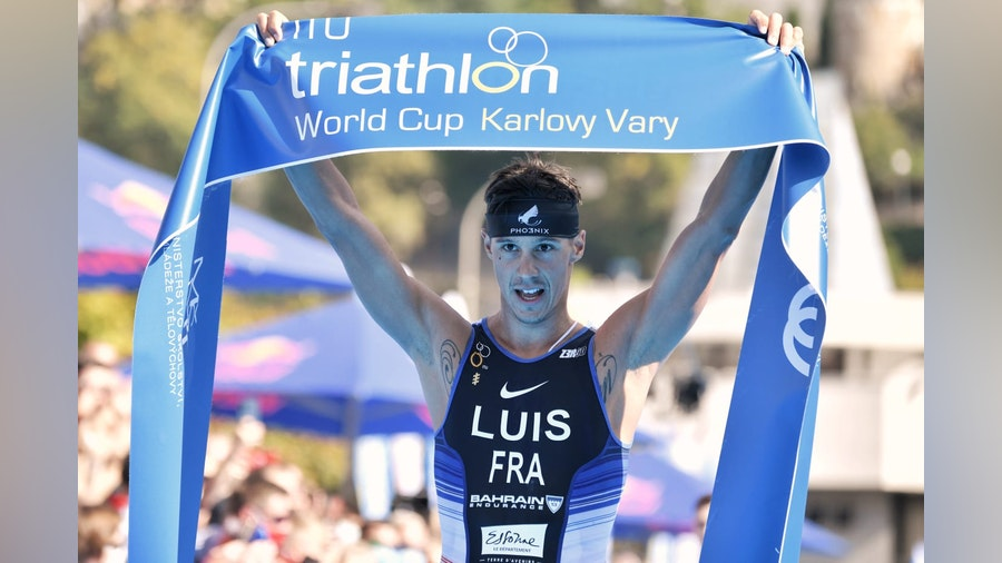 Outstanding Luis powers to Karlovy Vary World Cup gold