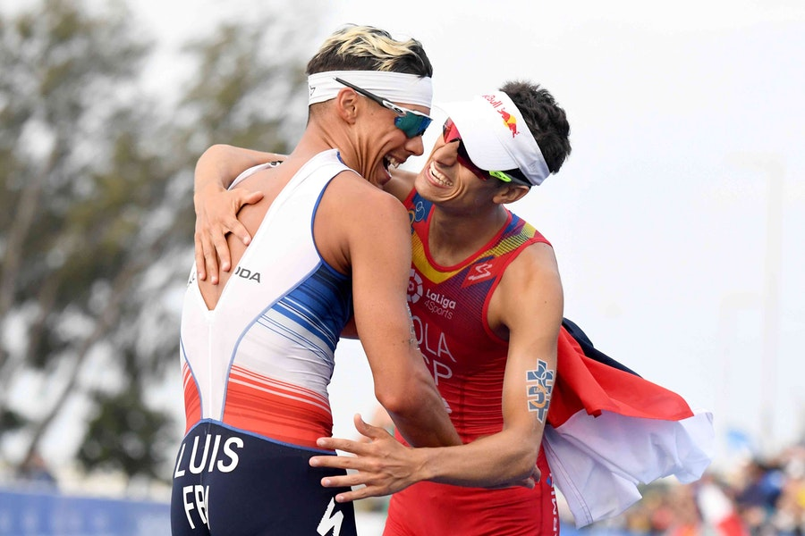 Luis wins WTS gold and Mola earns World title in magnificent Gold Coast finale