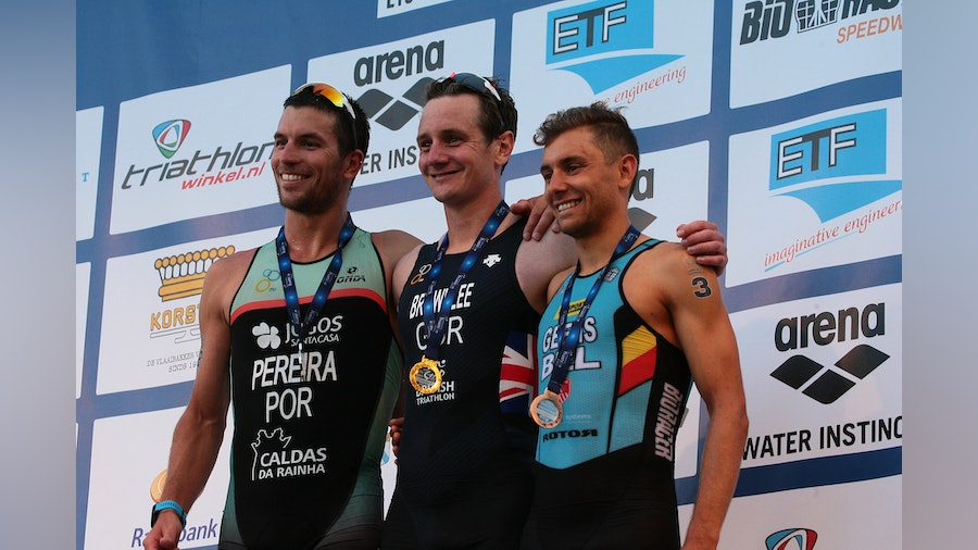 Alistair Brownlee claims his fourth European title