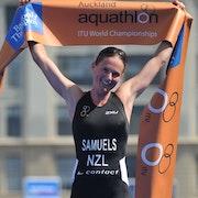 Richard Varga (SVK) and Nicky Samuels (NZL) crowned 2012 ITU Aquathlon World Champions