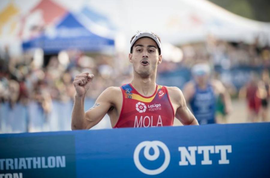 Mario Mola chases hat-trick of world titles in Gold Coast