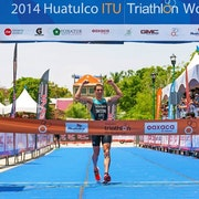 Argentina's Taccone steals win after dramatic finale in Huatulco