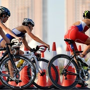 Women bring the heat to start the 2017 WTS in Abu Dhabi