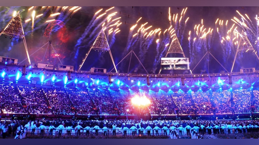 London 2012 opens with spectacular show